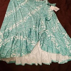 Lularoe XL Bella ruffle high-low skirt snakeskin